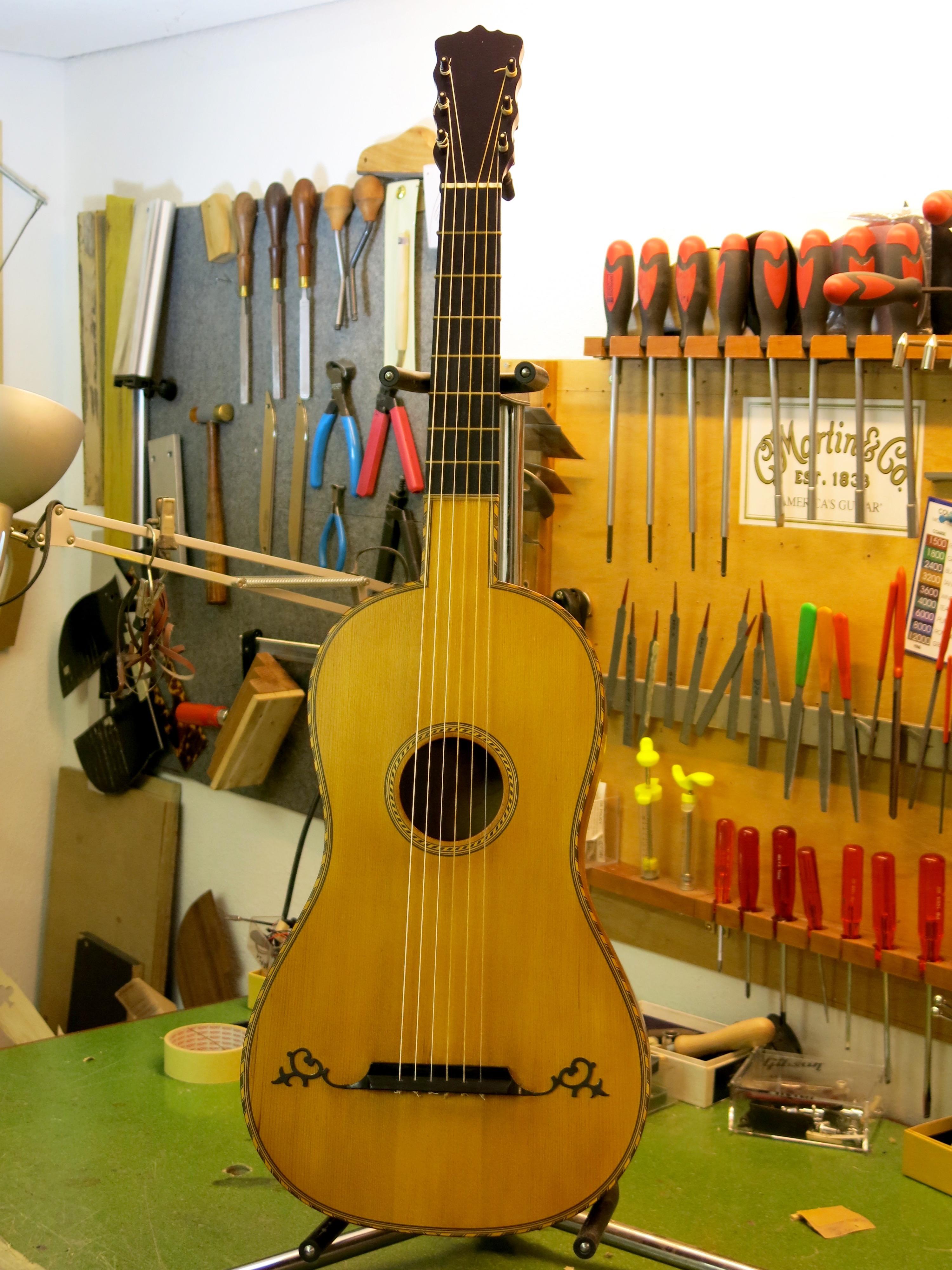 Restauration guitare classique romantique