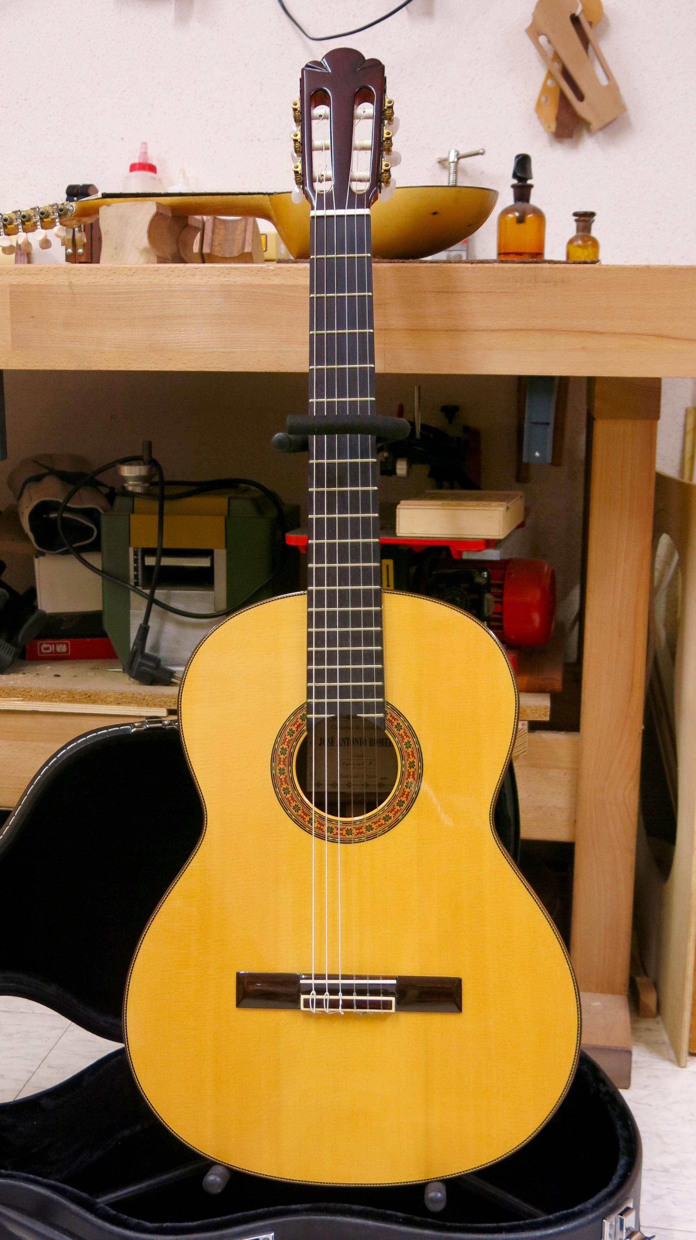 Guitare classique J.A Romero