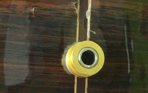 Réparation vernis guitare Alhambra